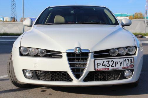 Alfa Romeo 159 2010 - отзыв владельца