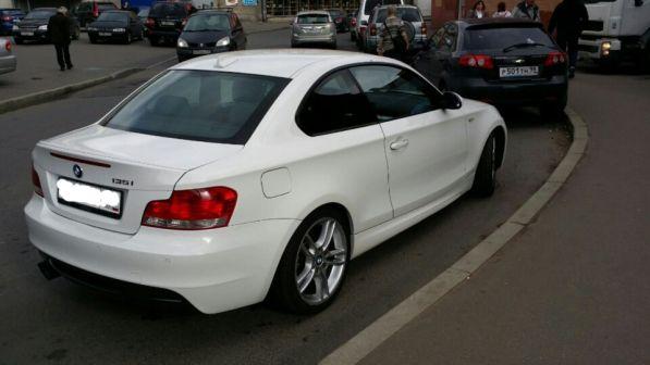 BMW 1-Series 2009 - отзыв владельца