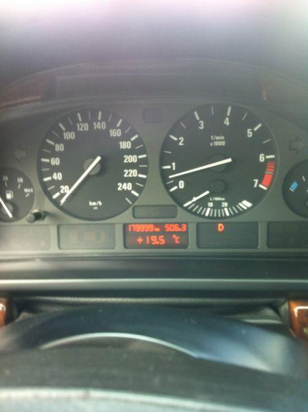 BMW 5-Series  - отзыв владельца