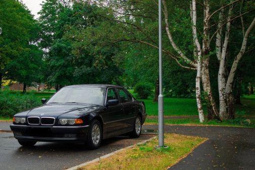BMW 7-Series 1999 - отзыв владельца
