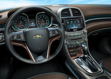 Chevrolet Malibu 2012 - отзыв владельца