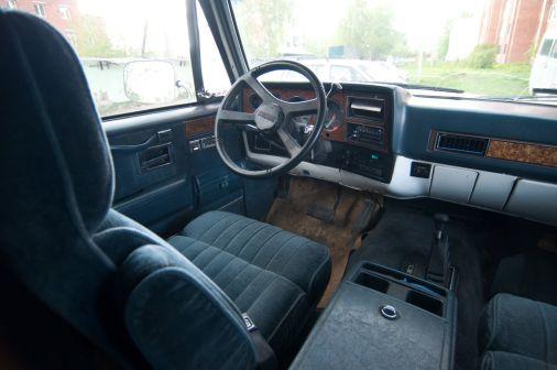 Chevrolet Suburban 1991 - отзыв владельца
