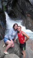 Я с супругой у водопада...