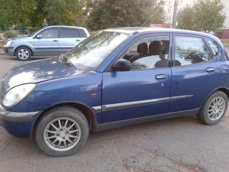 Daihatsu Sirion 1999 - отзыв владельца