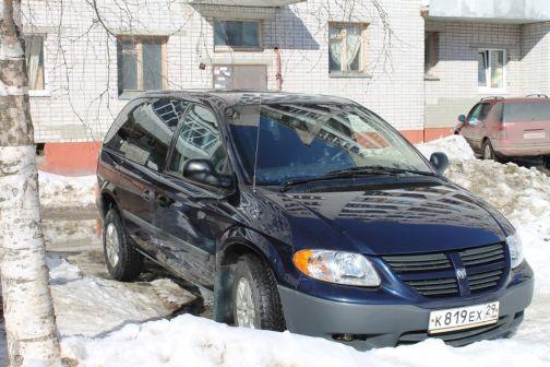 Dodge Caravan 2004 - отзыв владельца