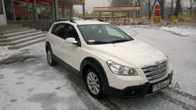 Dongfeng H30 Cross, 2013