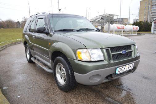 Ford Explorer 2001 - отзыв владельца