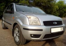 Ford Fusion, 2002