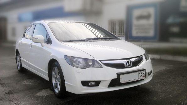 Honda Civic 2009 - отзыв владельца
