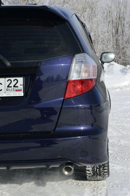 Honda Fit 2008 - отзыв владельца
