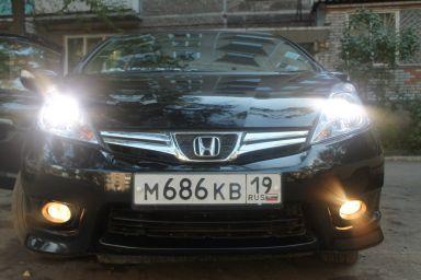 Honda Fit Shuttle 2012 отзыв автора | Дата публикации 14.08.2014.