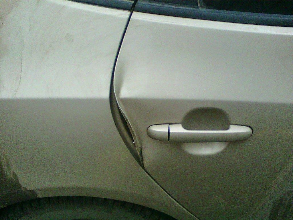 Задняя правая дверь до ремонта