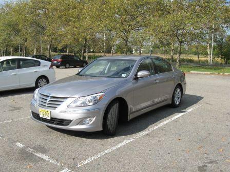 Hyundai Genesis 2013 - отзыв владельца