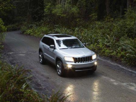 Jeep Grand Cherokee 2011 - отзыв владельца