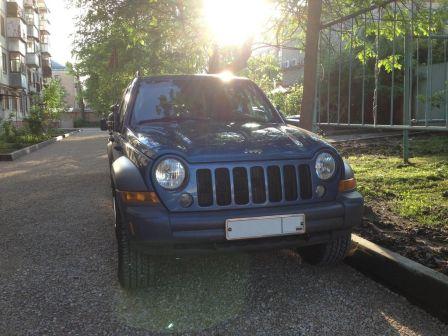 Jeep Liberty 2005 - отзыв владельца