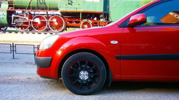 Kia Rio 2009 - отзыв владельца