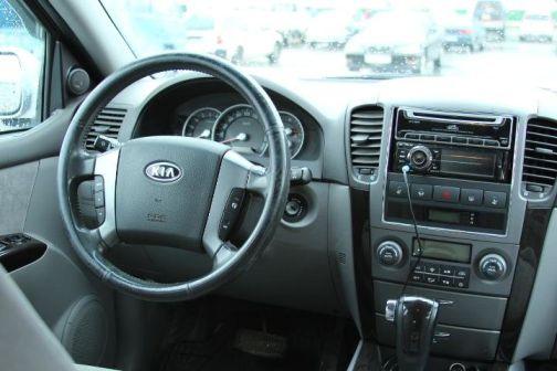 Kia Sorento 2007 - отзыв владельца