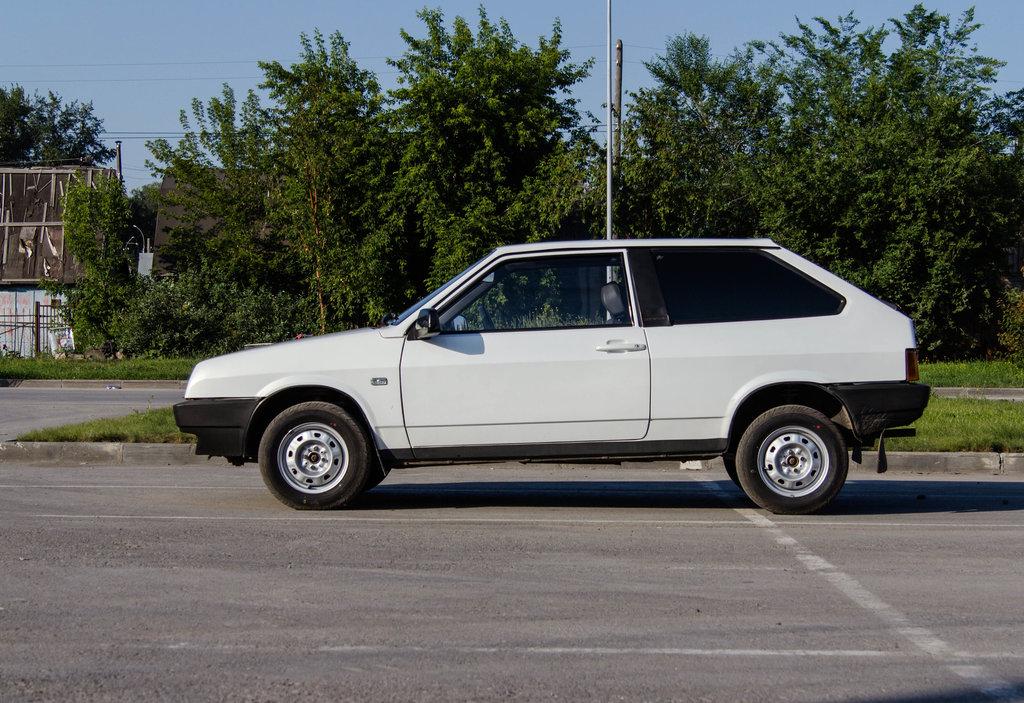 Поліція Херсонщини розшукує викрадений автомобіль