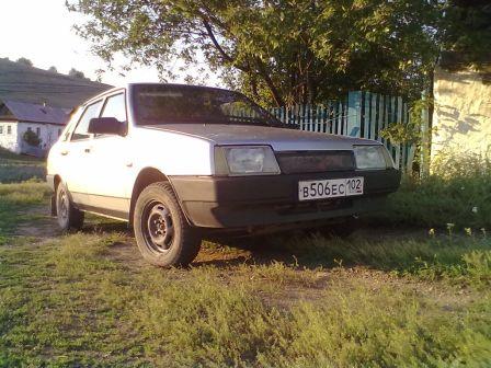 Лада 21099 2004 - отзыв владельца
