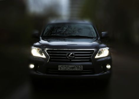 Lexus LX570 2014 - отзыв владельца