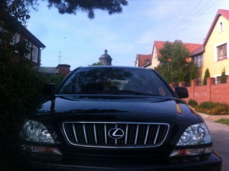 Lexus RX300 2003 - отзыв владельца