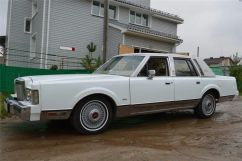 Lincoln Town Car, 1985