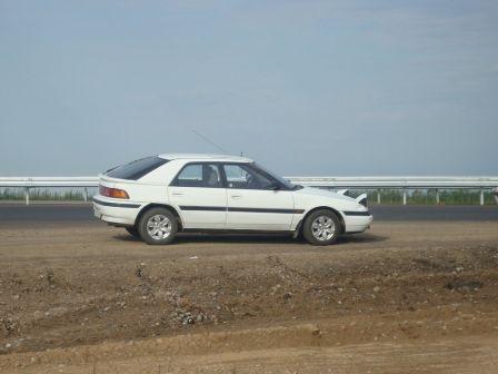 Mazda 323F 1990 - отзыв владельца