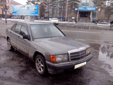Mercedes-Benz 190 1989 - отзыв владельца