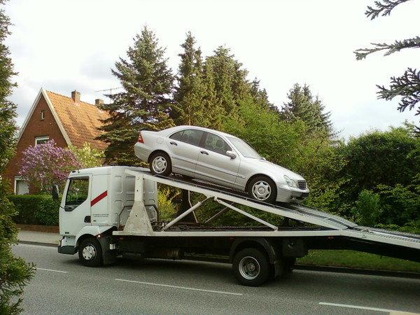 Машина еще в Германии. Во время отправки в Казахстан.
