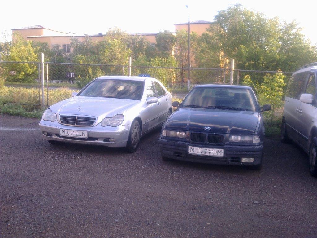 Семейное фото моих машин. =)