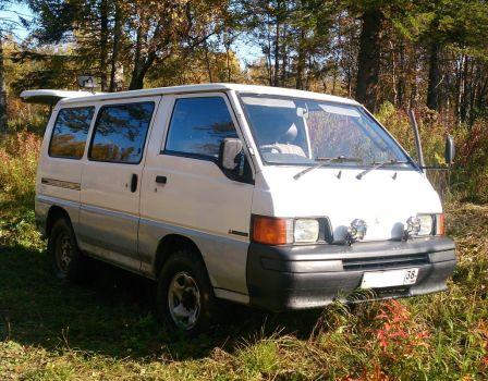 Mitsubishi Delica 1998 - отзыв владельца