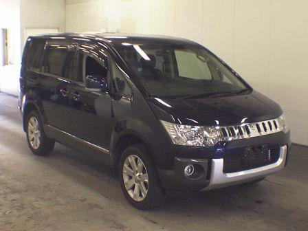 Mitsubishi Delica D:5 2011 - отзыв владельца