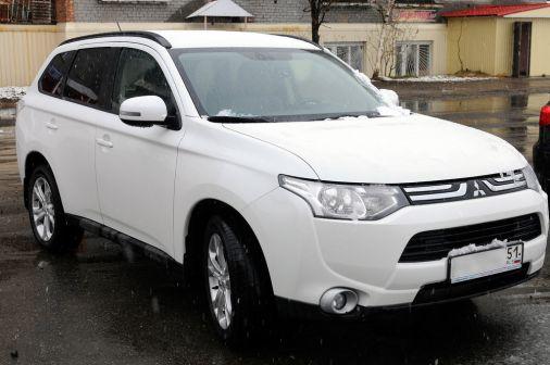 Mitsubishi Outlander 2012 - отзыв владельца