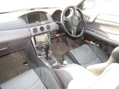 Nissan Avenir, 2000