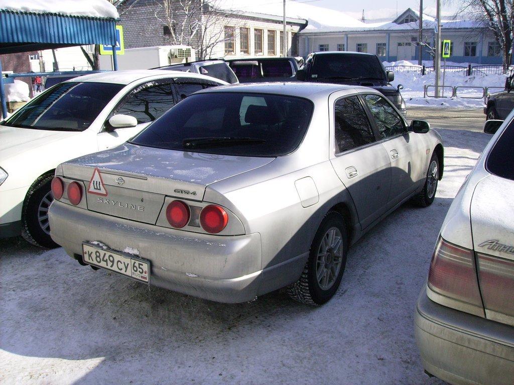Зимой все свои машины использую строго на шипах.