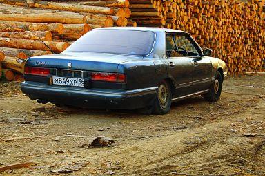 Nissan Gloria Cima, 1988