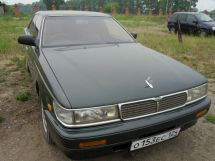 Nissan Laurel, 1992