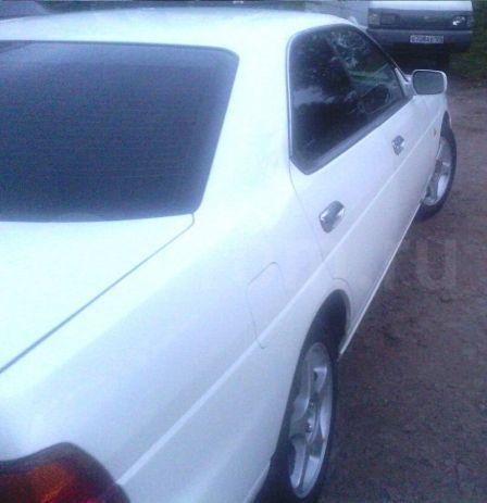 Nissan Laurel 1998 - отзыв владельца
