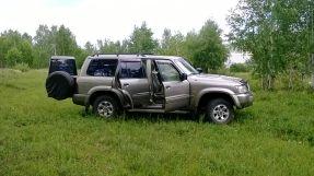 Nissan Patrol, 2000