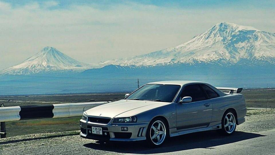 Ниссан Скайлайн 1999 года, 2.5 л., мкпп, правый руль, цвет кузова Серый b23850dde9e