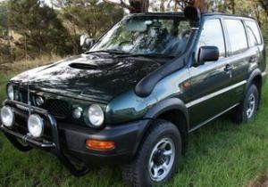 Nissan Terrano II 2000 - отзыв владельца