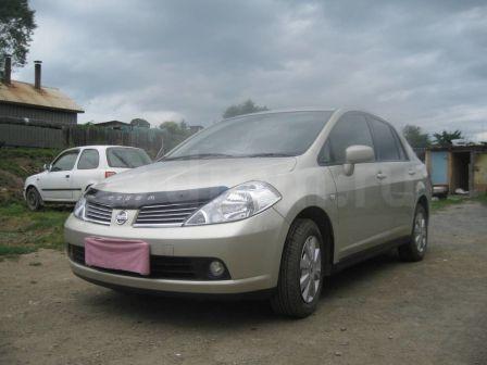 Nissan Tiida Latio 2005 - отзыв владельца