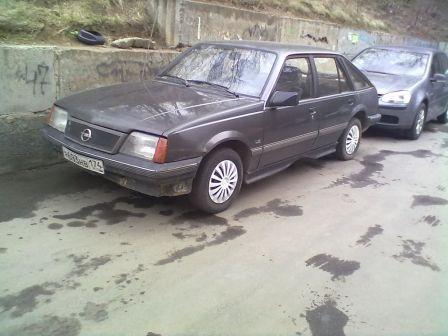 Opel Ascona 1985 - отзыв владельца