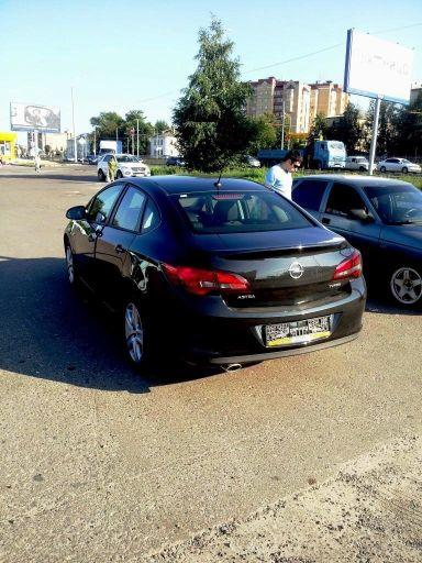 Opel Astra 2013 отзыв автора | Дата публикации 13.11.2013.