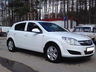 Opel Astra 2011 отзыв автора | Дата публикации 11.06.2014.