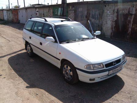 Opel Astra 1997 - отзыв владельца