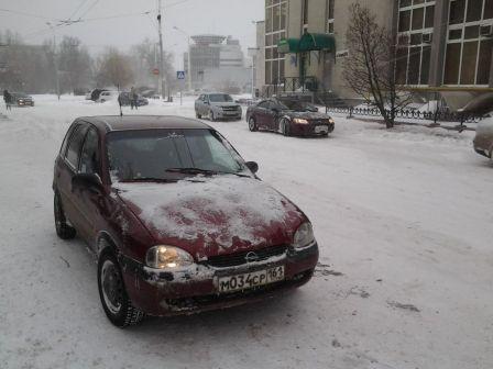Opel Corsa 1998 - отзыв владельца