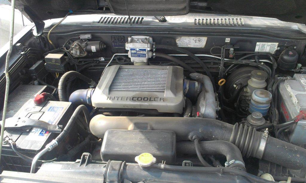 Вид на двигатель. С сепаратором