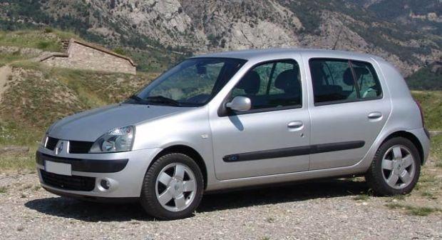 Renault Clio 2003 - отзыв владельца