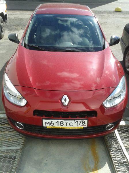 Renault Fluence 2012 - отзыв владельца